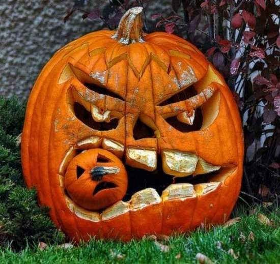 Pumpkin Carving and New Decorating Ideas