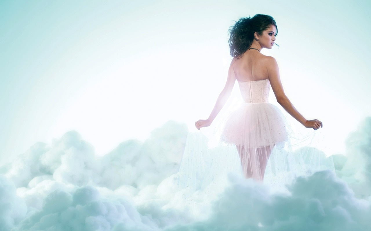 Sexy Selena Gomez wallpaper 04