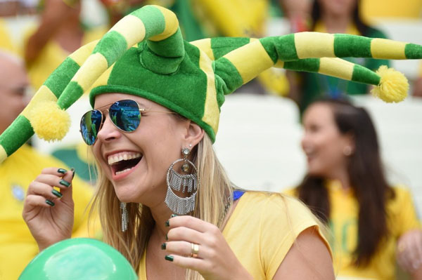 World Cup 2014 - Brazil fans - Happy moment
