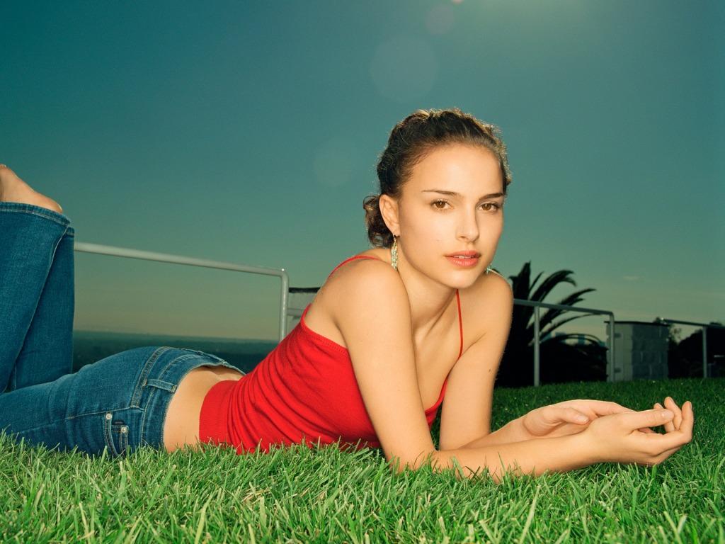 Natalie Portman gorgeous