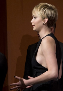 Celebrity photos - Sexy Jennifer Lawrence at Rome 2