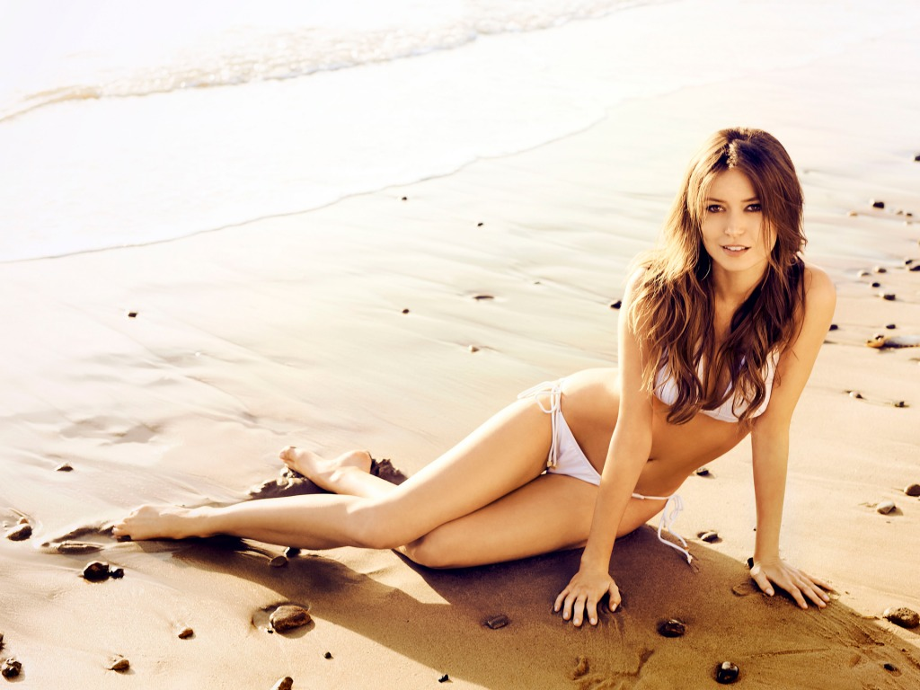 Summer Glau swimsuit