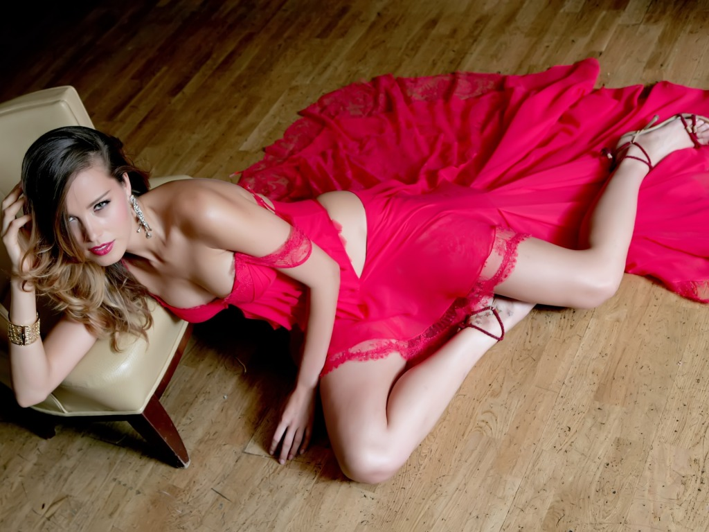 Petra Nemcova red dress
