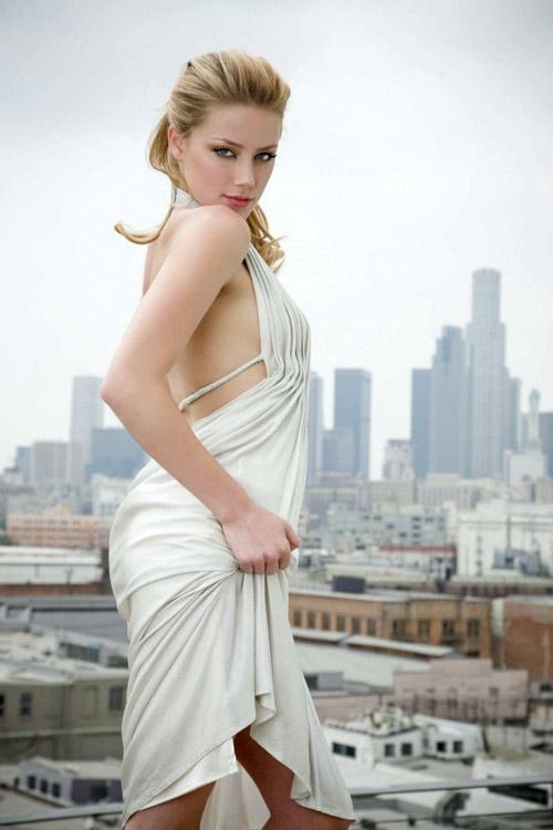 Beautiful Amber Heard 2