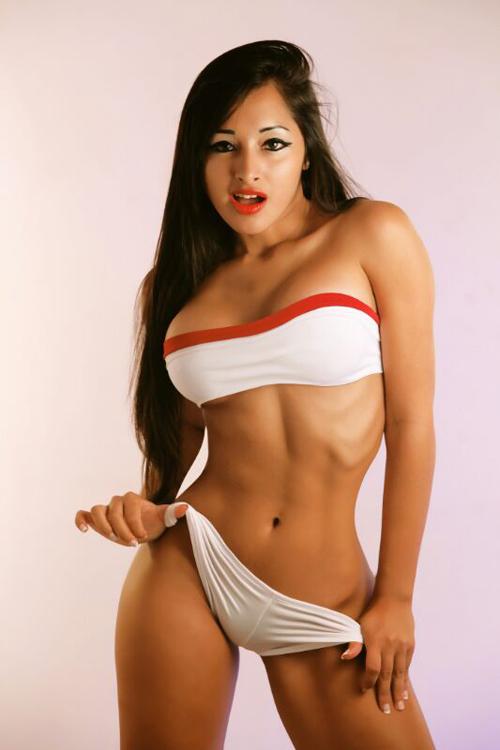 World Cup 2014: Japan Girl - Tania Arias