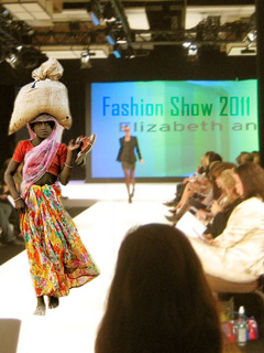 Funny Fashion Show