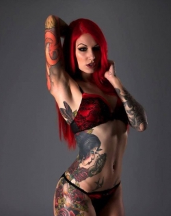 Sexy Wallpapers & Pictures - Sexy tattoo girl