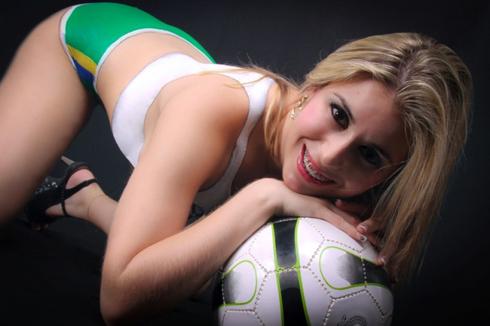 Vanessa Tasquetto - World Cup 2014 - 4