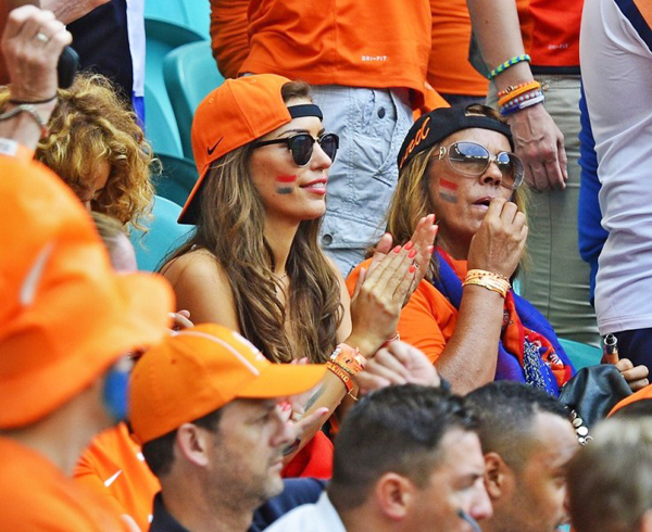World Cup 2014 - Netherlands fans - Beautiful lady