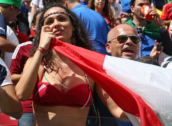 World Cup 2014 - Italy fans - Sexy female fan