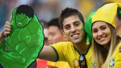 Sport Wallpaper - World Cup 2014 - Brazil fans - lovely couple