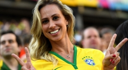 Sport Wallpaper - World Cup 2014 - Brazil fans - lovely girl with victory sign