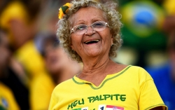 Sport Wallpaper - World Cup 2014 - Brazil fans - Forever young