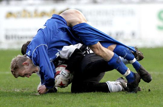football-mishap