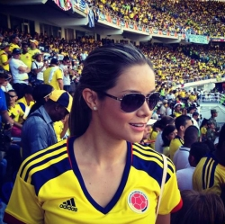 Sport Wallpaper - World Cup 2014 - Columbia fans - Beautiful Alejandra Buitrago