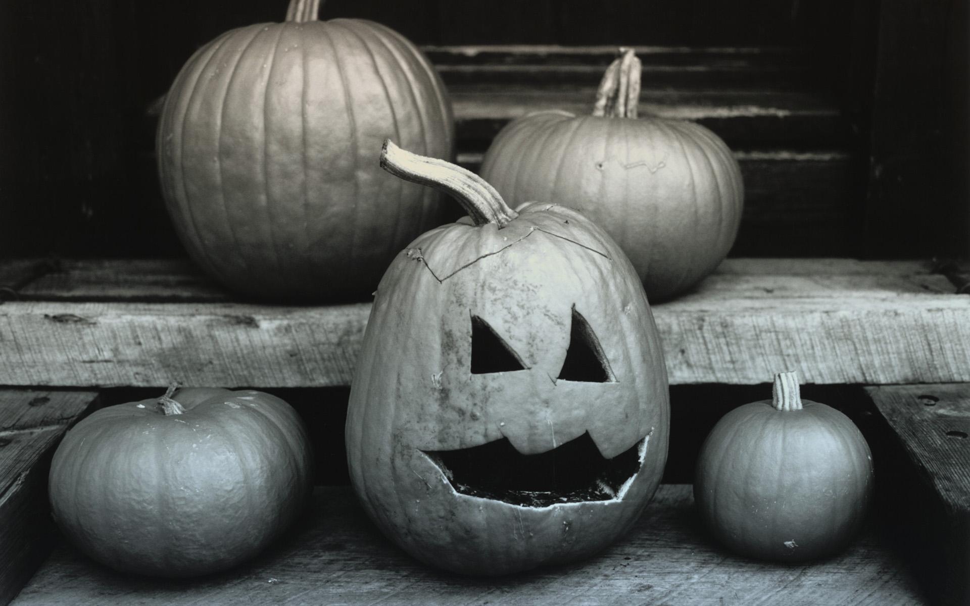 Halloween Sad pumpkin