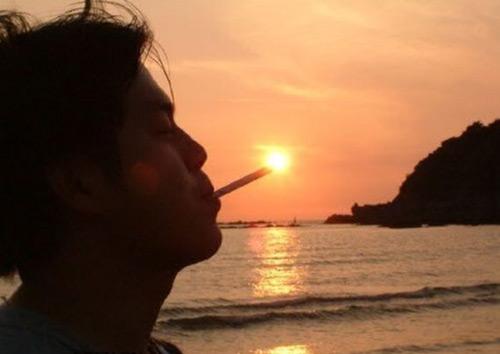 Smoking with the Sun