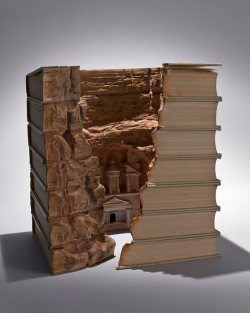Miscellaneous pictures - Book carvings guy Laramee 8