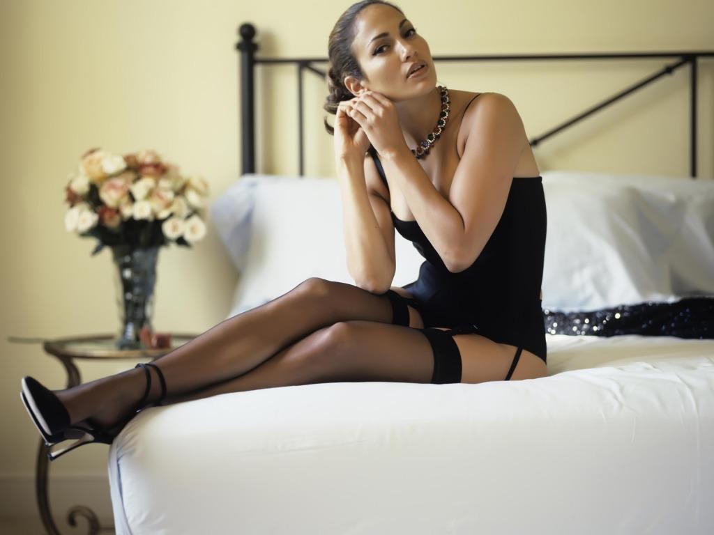 Jennifer Lopez black lingerie