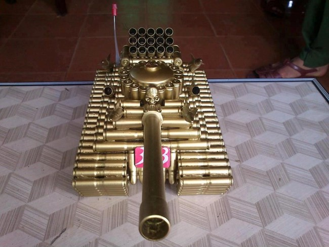 Nice Bullet tank