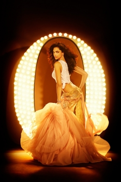 Art Wallpaper - Deepika-Padukone-Vogue