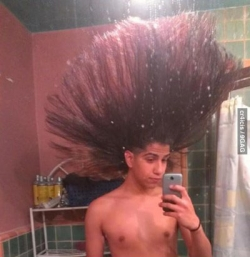 Funny photos - Long hair man