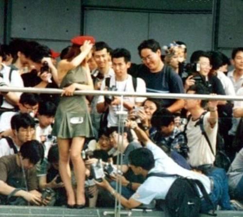 Asian paparazi