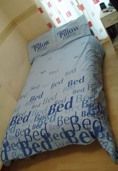 Blondes's bedroom