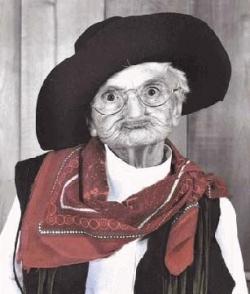 Funny photos - Old cowboy