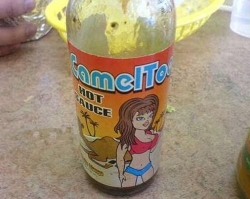 Funny photos - Camel toe hot sauce