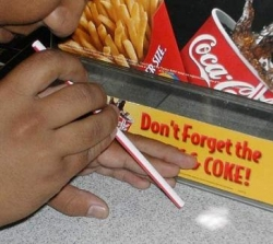 Funny photos - Do not forget the Coke