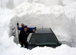 Funny photos - Stucked in the snow