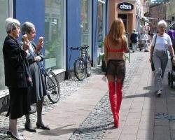 Funny photos - Cheeky new fashion 2