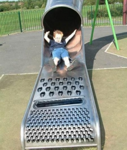 Funny photos - Dangerous slide