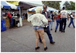 Funny photos - Biker chick