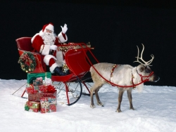 Christmas photos - Santa Claus Travels Around the World