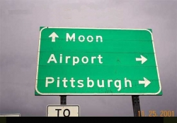 Funny photos - The instruction to the moon