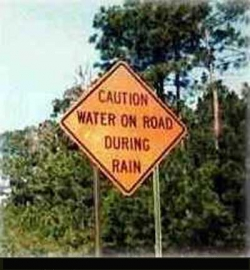 Funny photos - Water on road