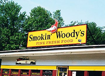 Smoking woody's