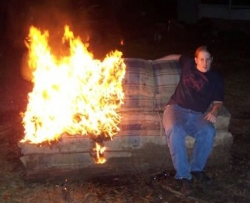 Funny photos - Burning couch