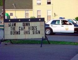 Funny photos - The cop hides