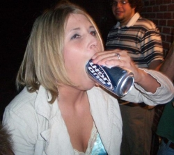 Funny photos - Huge Bud Light fan