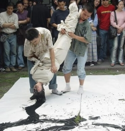 Funny photos - A new way to paint