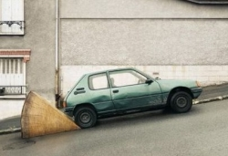 Funny photos - Low tech parking break