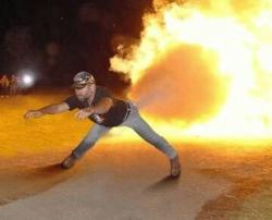 Funny photos - Rocket man