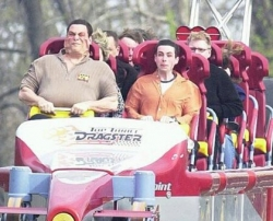 Funny photos - Roller coaster's face