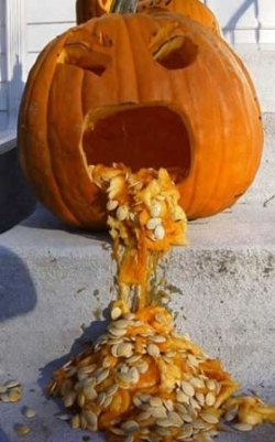 Funny photos - Sick pumpkin
