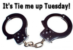 Funny photos - It's tie me up