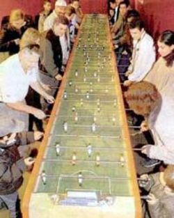 Funny photos - The longest table