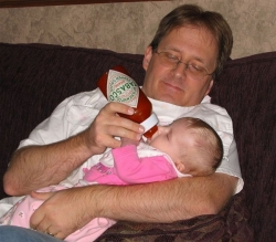 Funny photos - Spicy baby